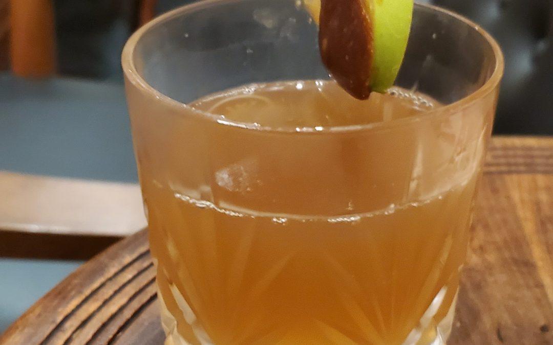 #114 – Apple Spice Manhattan